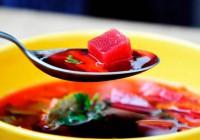 Суп чи борщ треба їсти хоча б раз у день