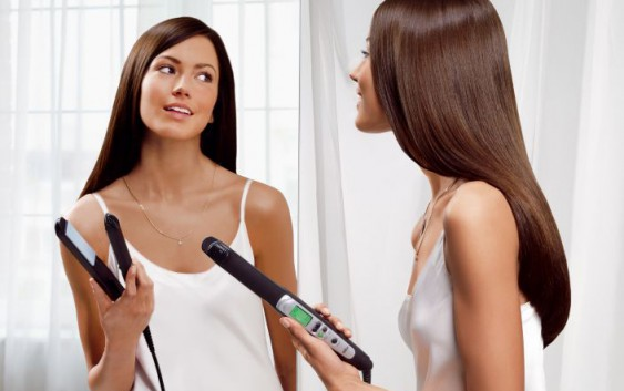 Як розпрямити неслухняне волосся?