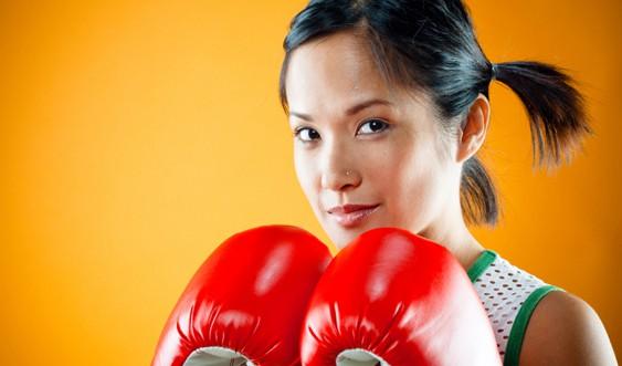 Тренування з кікбоксингу, боксу і тайського боксу і для дівчат