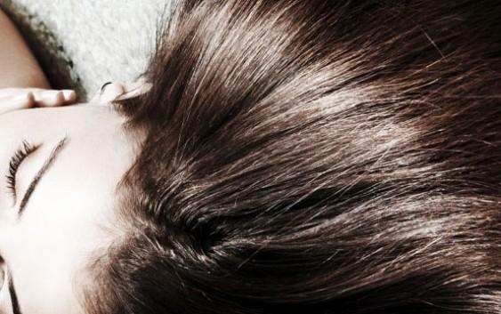 Як зробити волосся блискучим?