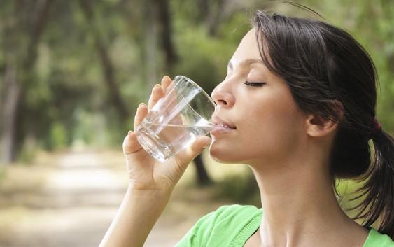 Пийте воду для покращення обміну речовин