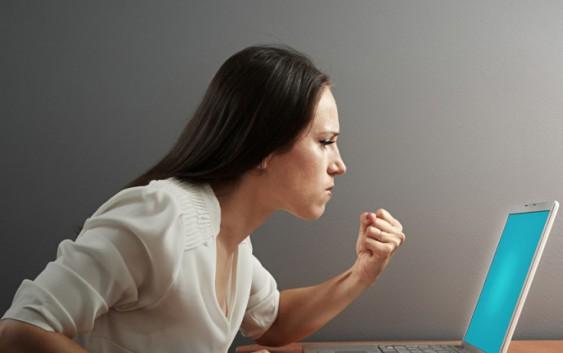 Шкіра обличчя і комп'ютер: зберігаємо молодість