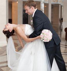 Весільна сукня. Якою вона має бути для першого танцю