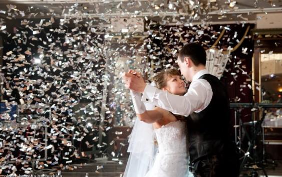 Як правильно організувати підготовку до весільного танцю